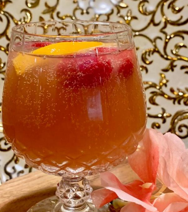 Berry Wine Spritzer