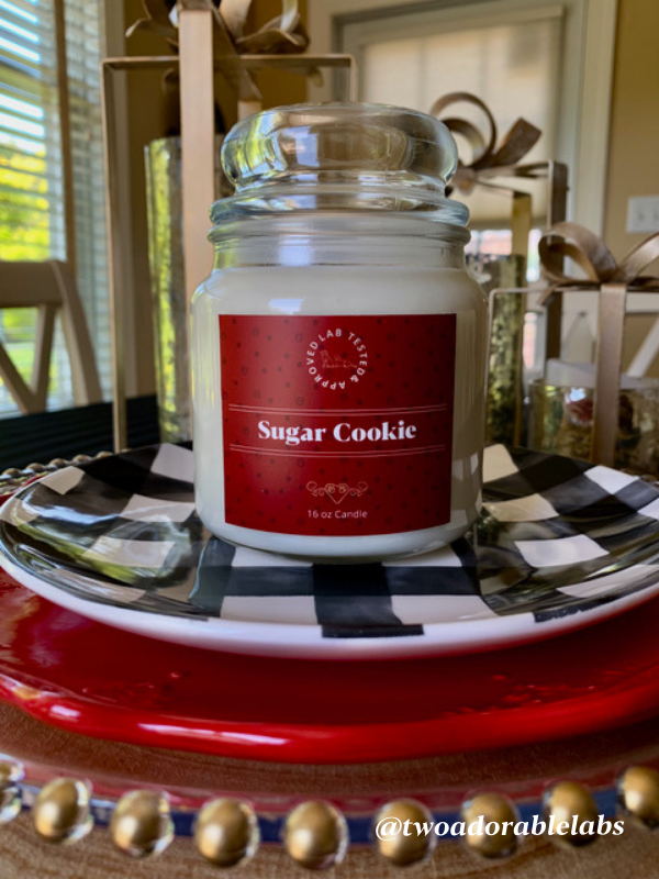Sugar Cookie Candle | www.twoadorablelabs.com
